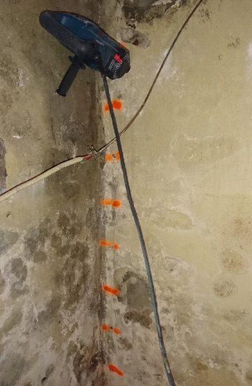 les quipes techniques du ple traitement sont intervenus dans une villa biarritz pour traiter les murs infests par les champignons lignivores