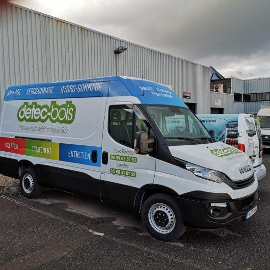 detec bois présente son nouveau camion de sablage hydrogommage aerogommage pour le pays basque béarn landes
