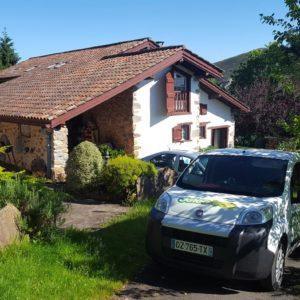 detec-bois société de traitement des termites au pays basque installe des pièges anti-termites à Itxassou dans une maison