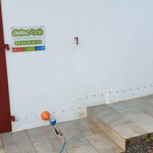 dtec-bois réalise le traitement des remontées d'humidité dans une maison à Arcangues au Pays basque