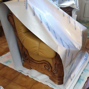 Traitement des vrillettes et capricornes dans des meubles en bois massif par anoxie dans une maison à Hendaye au Pays Basque