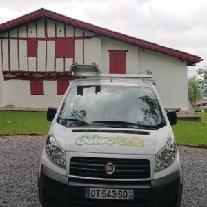 detec-bois traitement des vrillettes et capricornes sur les solives à St Pee sur Nivelle