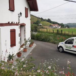 detec-bois réalise le traitement des termites par pose de pièges sentritech à Ayherre au Pays Basque